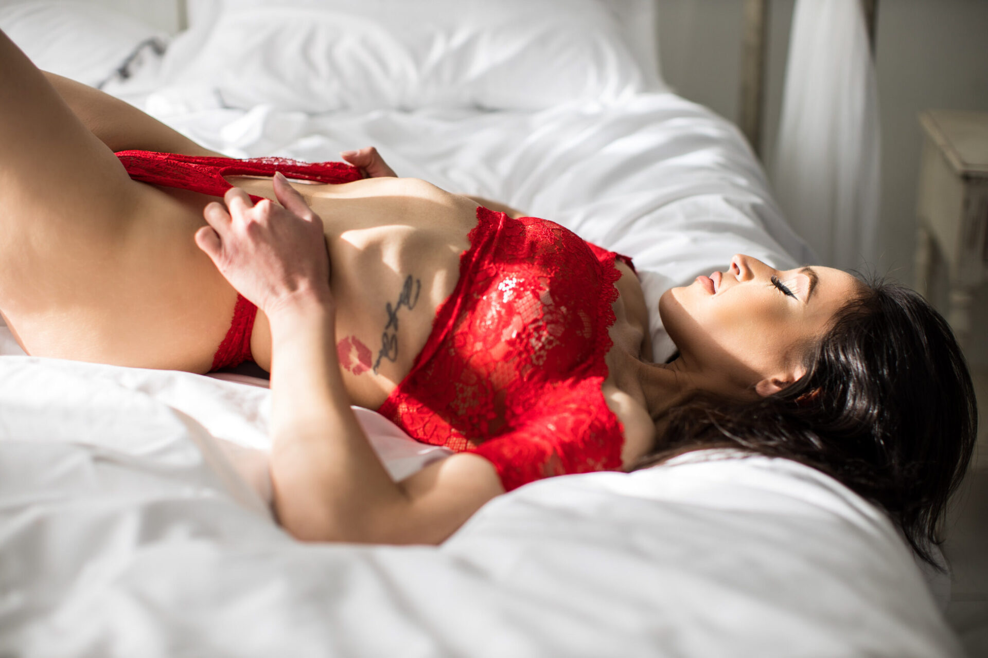 Valentines-Day-Boudoir-Photography